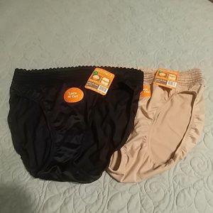 NWT Pair of Lace Hi Cut Panties